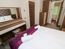 Lodge 26 - Cornwall - 989189 - thumbnail photo 11