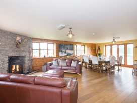 Big Bear Lodge - Shropshire - 989485 - thumbnail photo 3