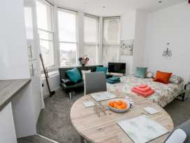 Apartment 2 Orme Court - North Wales - 990161 - thumbnail photo 8