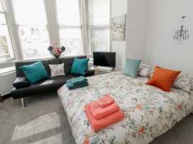 Apartment 2 Orme Court - North Wales - 990161 - thumbnail photo 9