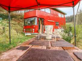 The Red Bus! - Cotswolds - 990350 - thumbnail photo 2