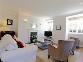 Circus House Apartment - Somerset & Wiltshire - 990365 - thumbnail photo 3