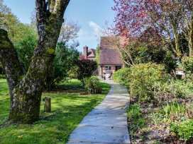 The Moat Cottage - Somerset & Wiltshire - 990581 - thumbnail photo 3