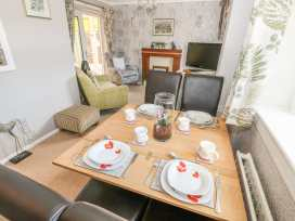 Bumble Bee Cottage - Lincolnshire - 990946 - thumbnail photo 3