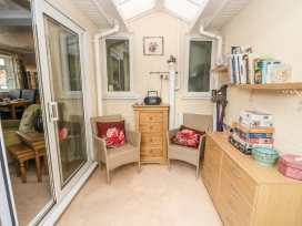 Bumble Bee Cottage - Lincolnshire - 990946 - thumbnail photo 9