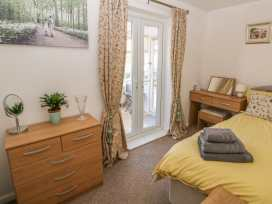 Bumble Bee Cottage - Lincolnshire - 990946 - thumbnail photo 15