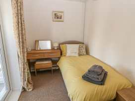 Bumble Bee Cottage - Lincolnshire - 990946 - thumbnail photo 16