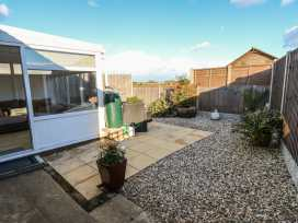 Bumble Bee Cottage - Lincolnshire - 990946 - thumbnail photo 19