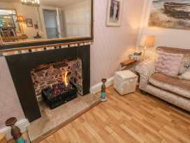 35 Seaview Terrace - South Wales - 991517 - thumbnail photo 9