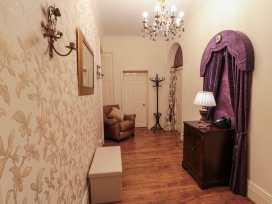 Sneaton Hall Apartment 4 - Whitby & North Yorkshire - 991604 - thumbnail photo 11