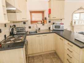 Sea View apartment - North Wales - 991797 - thumbnail photo 6