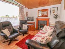 Chalet 80 - South Wales - 992337 - thumbnail photo 2