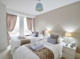 North Bay Guest House - Whitby & North Yorkshire - 992401 - thumbnail photo 11