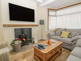 204 Sea View House - Whitby & North Yorkshire - 993008 - thumbnail photo 3