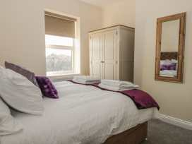 204 Sea View House - Whitby & North Yorkshire - 993008 - thumbnail photo 11