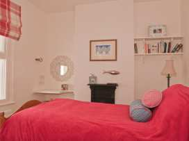 The Cottage, 13 Clarence Hill - Devon - 994526 - thumbnail photo 5