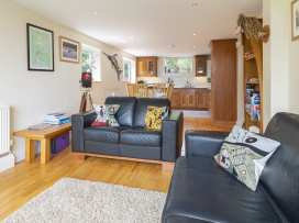 Hydeaway, 7 Grafton Towers - Devon - 995163 - thumbnail photo 4