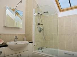 Oceanview Apartment - Devon - 995661 - thumbnail photo 18