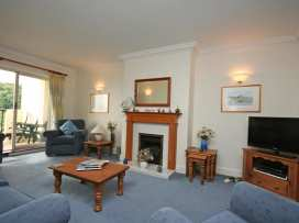 Valley View, 9 St Elmo Court - Devon - 995894 - thumbnail photo 3