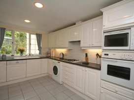 Valley View, 9 St Elmo Court - Devon - 995894 - thumbnail photo 7