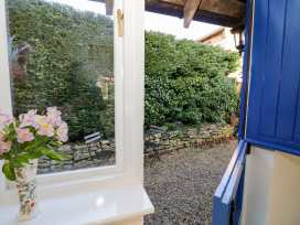 The Hideaway - Cotswolds - 996204 - thumbnail photo 13