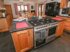 Clear View - South Wales - 997364 - thumbnail photo 12