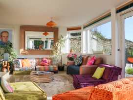 Cooden Beach House - Kent & Sussex - 997980 - thumbnail photo 3