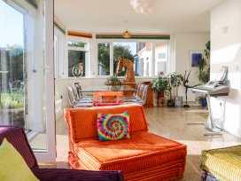 Cooden Beach House - Kent & Sussex - 997980 - thumbnail photo 4