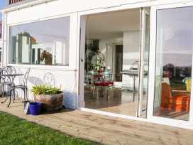 Cooden Beach House - Kent & Sussex - 997980 - thumbnail photo 38
