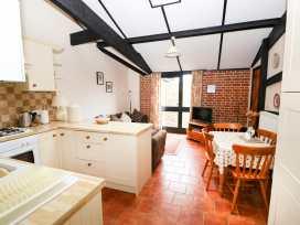 Hitchens Cottage - Norfolk - 998185 - thumbnail photo 10
