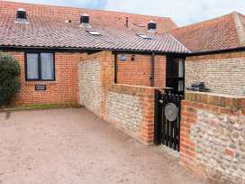 Hitchens Cottage - Norfolk - 998185 - thumbnail photo 2