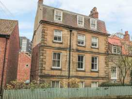The Surfers Bolt Hole - Whitby & North Yorkshire - 998830 - thumbnail photo 1