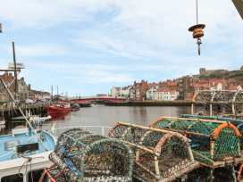 The Surfers Bolt Hole - Whitby & North Yorkshire - 998830 - thumbnail photo 8
