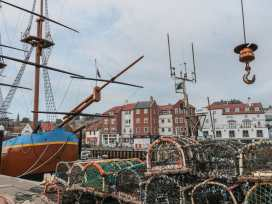 The Surfers Bolt Hole - Whitby & North Yorkshire - 998830 - thumbnail photo 9