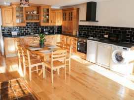 Ballymote Central Apartment - County Sligo - 999023 - thumbnail photo 4