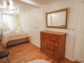Preswylfa Apartment - North Wales - 999158 - thumbnail photo 11