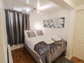 Preswylfa Apartment - North Wales - 999158 - thumbnail photo 14