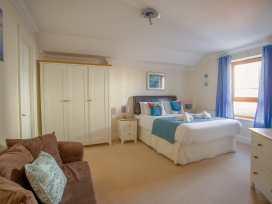 Harbourside Penthouse - Dorset - 999829 - thumbnail photo 9