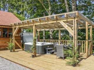 Oak Lodge - 1008108 - photo 2