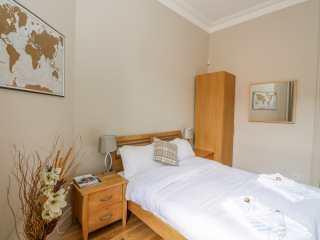 West-End Apartment - 1008283 - photo 8