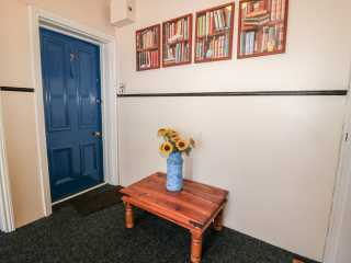 7 Oldgate Court - 1015169 - photo 2