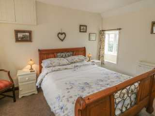 Abbey View Cottage - 1067 - photo 6
