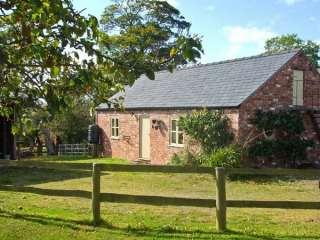 Little Pentre Barn - 1696 - photo 1