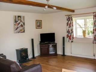 The Granary Cottage - 28910 - photo 2