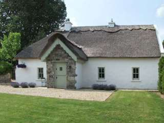 holiday cottages in galway to rent self catering holiday homes in rh sykescottages co uk  galway ireland cottage rentals