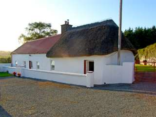 Carthy's Cottage - 3715 - photo 1