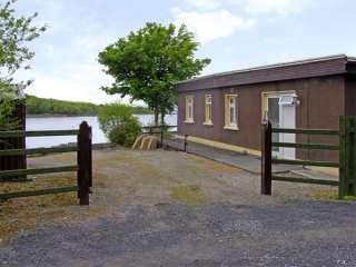 Lakeshore Lodge photo 1