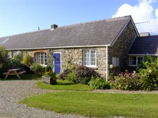 Eynons Cottage photo 1