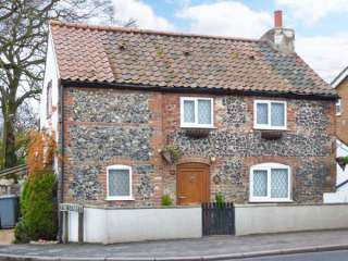1 Fakenham Road photo 1