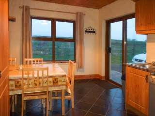 Clogher Cottage - 905820 - photo 4